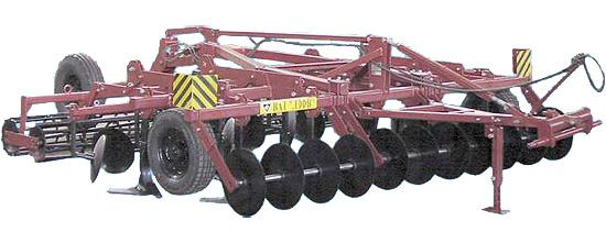 Агрегат универсальный комбинированный полунавесной для многооперационной обработки почвы (ЛКП-4.4)
