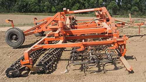 Агрегат комбинированный широкозахватный для предпосевной обработки почвы (АКШ-9)