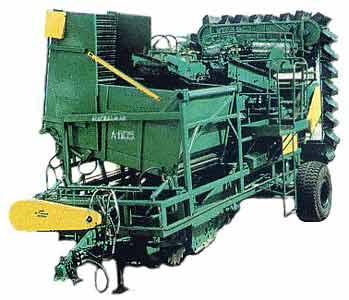 Комбайн картофелеуборочный 2-х рядный (Л-605)
