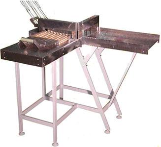 Устройство для ручной нарезки вафельных пластов (Норма-М)