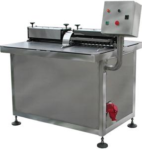 Машина резки конфетных масс (АК-1051 Discut-350)