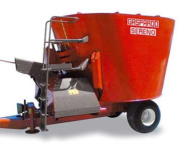 Миксер кормораздатчик с одним вертикальным шнеком и прямой выгрузкой (Sereno)