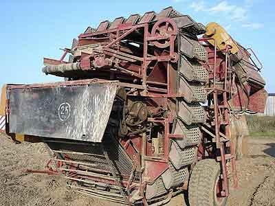 Комбайн картофелеуборочный (КПК-3)