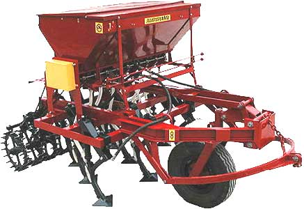 Сеялка-культиватор стерневая зернотуковая для разбросного посева (СКС-2)