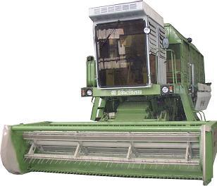 Комбайн кукурузоуборочный (Амур 680)