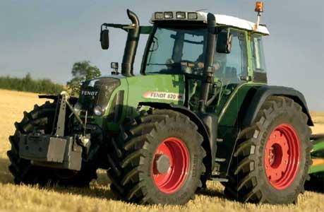 Трактор (Fendt 800 Vario)